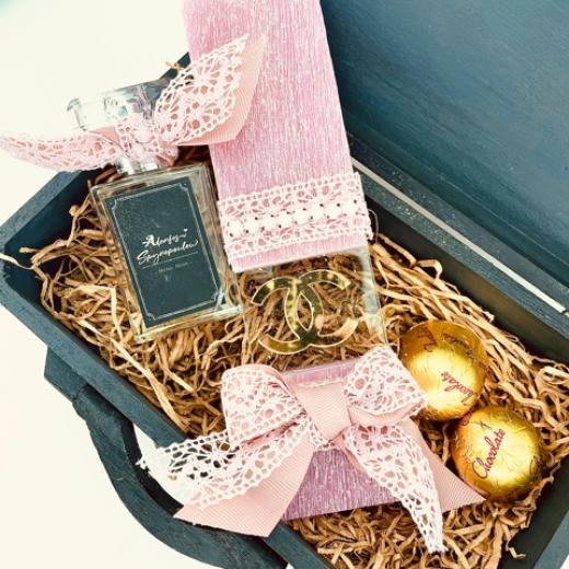 Εικόνα για Luxury Edition  Λαμπάδα Pink Black CHANEL