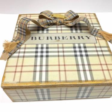 Εικόνα 2 για Luxury Edition Λαμπάδα Burberry Lover