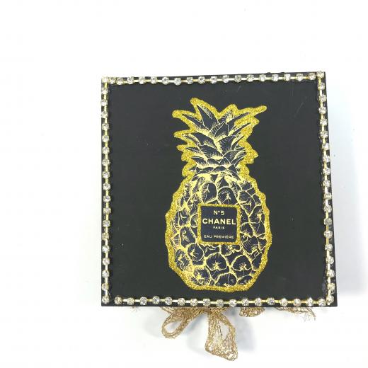 Εικόνα για Luxury Edition Λαμπάδα PineApple CHANEL