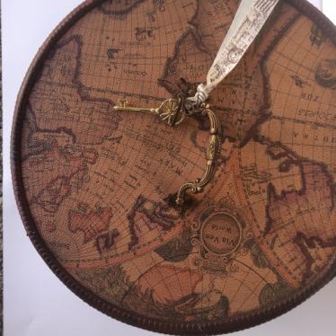 Εικόνα 2 για Κουτί Ξύλινο στρογγυλό Χάρτες Vintage