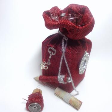 Εικόνα 2 για Χειροποίητο Γούρι Γυάλινο μπουκάλι Κόκκινος καμβάς