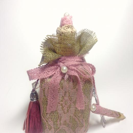 Εικόνα για Γούρι Χειροποίητο Μπουκάλι Γυάλινο  Καμβάς ροζ Δαντέλα