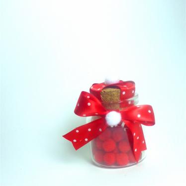 Εικόνα 2 για Γούρι γυάλινο μικρό μπουκαλάκι με ευχή, Κόκκινο-άσπρο πουά