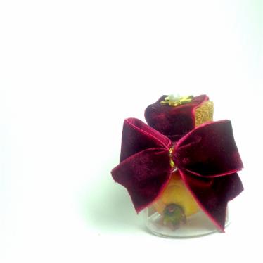 Εικόνα 2 για Γούρι γυάλινο μικρό μπουκαλάκι με ευχή, Μπορντώ Βελούδο