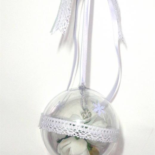 Εικόνα για Γούρι μεγάλη διάφανη μπάλα Λευκά Τριαντάφυλλα