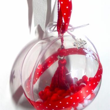 Εικόνα 2 για Γούρι μεγάλη διάφανη μπάλα Κόκκινη Φούντα