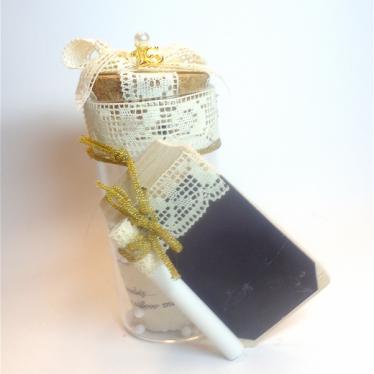 Εικόνα 2 για Γούρι βάζάκι Μπεζ Δαντέλα Ξύλινο- Αγγελάκι  με ευχή